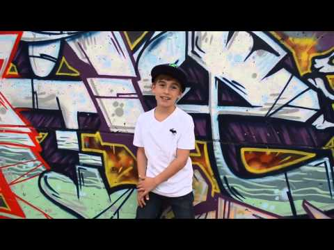 Mattyb Vs Johnny Orlando Boyfriend video