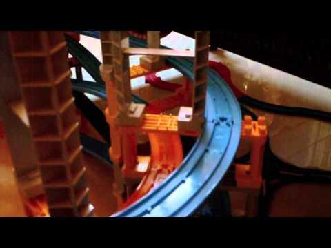 2011 02 13  Tomy Plarail  Go through the King Palace's  7  floor Tower   2