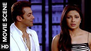 download lagu Realization Dawns On Priyanka  Salaam-e-ishq  Movie Scene gratis