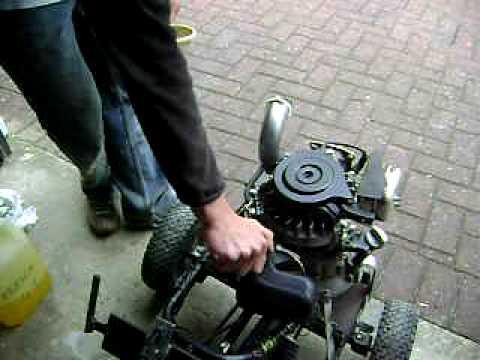 le karteuse kart moteur tondeuse test 1ere transmission youtube. Black Bedroom Furniture Sets. Home Design Ideas