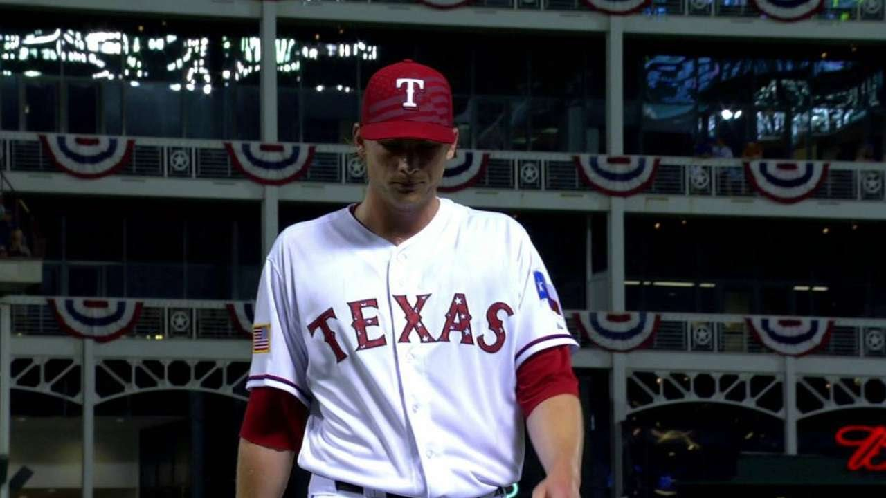 LAA@TEX: Detwiler gets a double play to end the frame