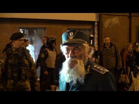 «Пливе кача» на Марше Памяти Героев Украины.