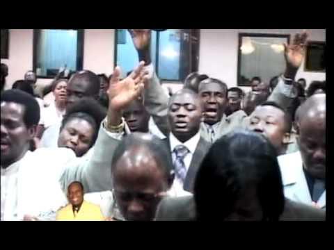Elder Mireku - Otwen Na Metwen Wo M'agyenkwa video