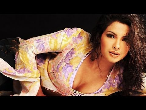 Priyanka Chopra's FIRST item song 'Badmaash Babli' in a latest Bollywood Hindi Movie