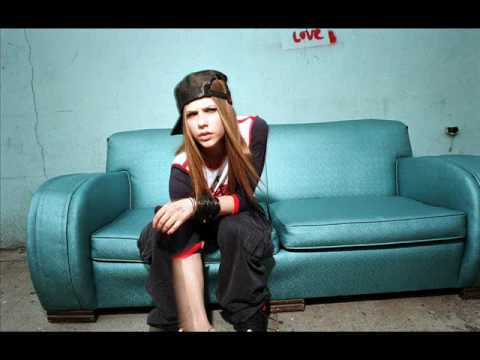Avril Lavigne - Falling Down