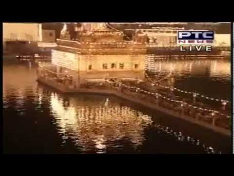Aarti At  Sri Harmandir Sahib Live Gurbani Kirtan On Bandi Chod Divas (diwali) video
