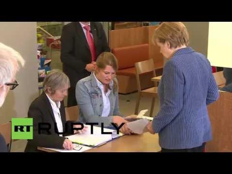 Germany: Merkel casts her vote in European elections