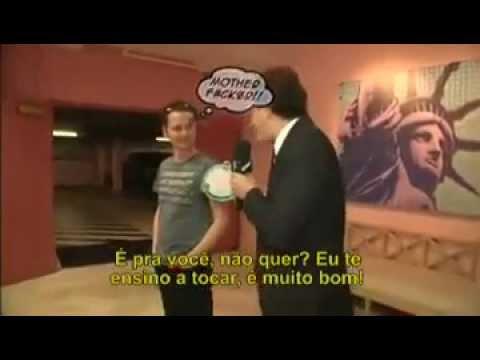 Matt Bellamy, Muse - CQC Brasil 2012