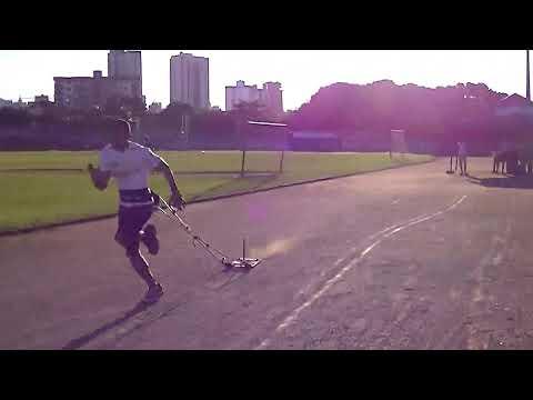 Treino de velocista - Atleta Helder Nascimento - Associação de Atletismo Corpo e Ação