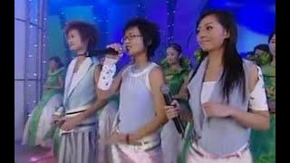 李宇春、张靓颖、周笔畅2005年超级女声现场,同父母的美好回忆