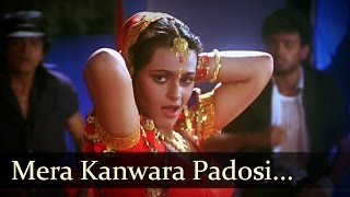 Mera Kanwara Padosi Video Song From Benaam Badshah