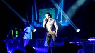 download lagu Sonu Nigam Live In London--'main Agar Kahoon'--om Shanti Om gratis