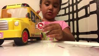 Hello Kitty School Bus Unboxing Bus Escolar De Hello Kitty  Addys World