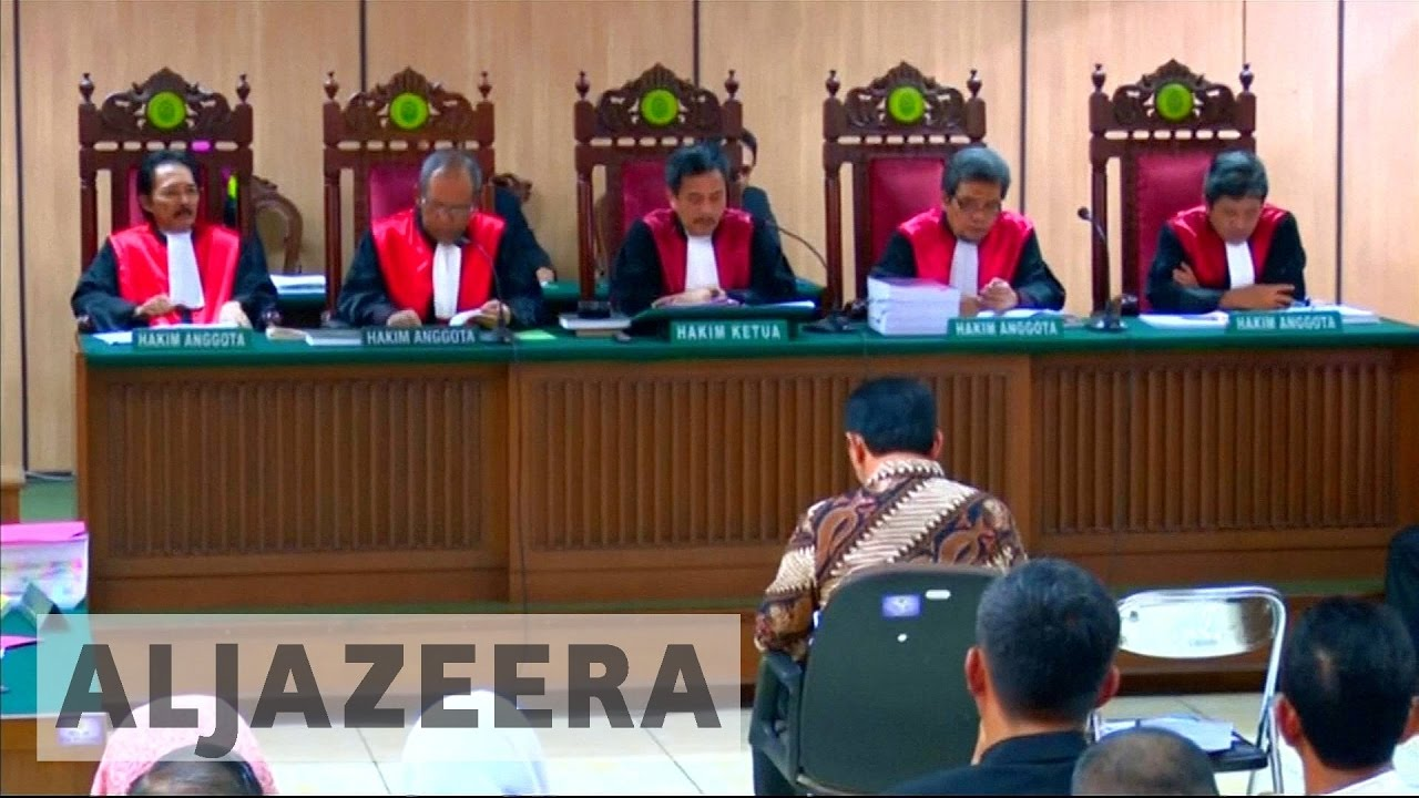 Indonesia: Jakarta governor stands trial for blasphemy