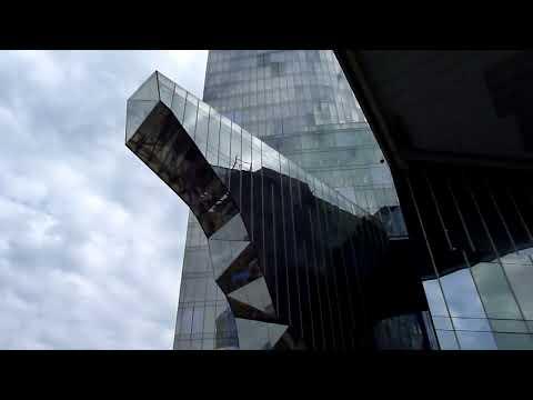 Barcelona .Nuevas construcciones. 8.4.10 082.MTS