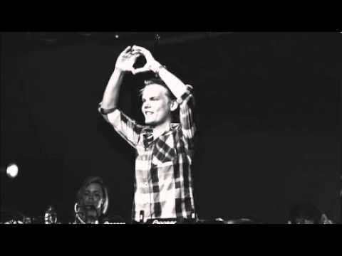 Avicii feat. Aloe Blacc & Mac Davis - ID (Black and Blue)