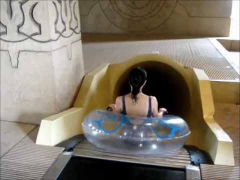 Shark Attack - Water Slide, Atlantis