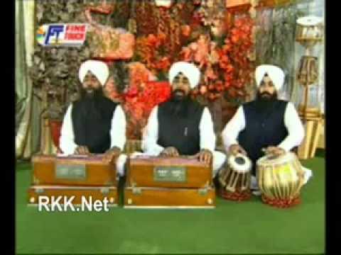 Bhai Davinder Singh Sodhi - Chinta Chhad Achint Raho.flv