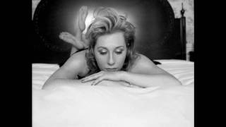 Watch Martha Wainwright Adieu Mon Coeur video
