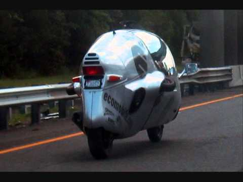 My Ecomobile, a fast fully enclosed feet forward motorcycle