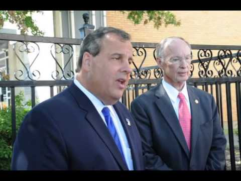 Governor Robert Bentley and Governor Chris Christie Tour Southern Research Institute