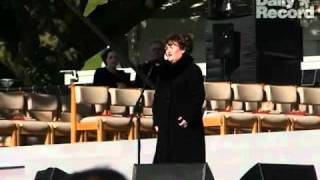 Susan Boyle How Great Thou Art At Papal Mass The Daily Record