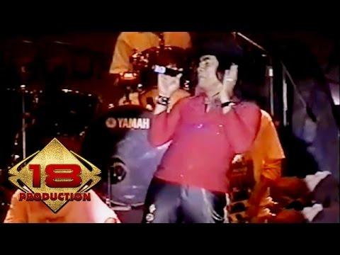 download lagu Dangdut  - Duit Live Konser Kalimantan Barat 12 Mei 2006 gratis