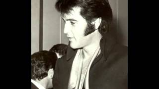 Watch Elvis Presley The Fairs Moving On video