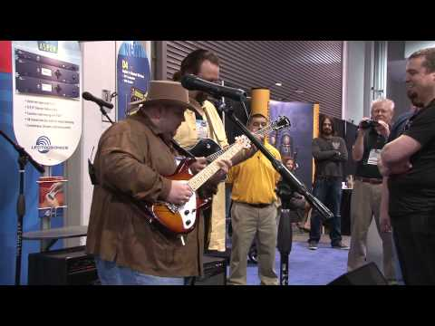 Johnny Hiland 2010 NAMM 1