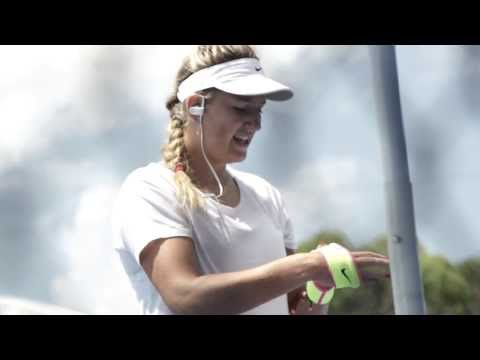 Victoria Azarenka: Training day - Australian Open 2015