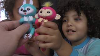 Surprsing Hazel! Fingerling vs Happy Squirrel Puppet REVIEW