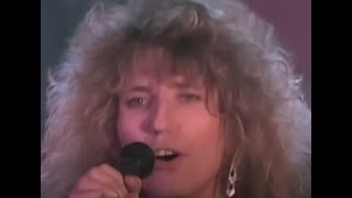 Watch Whitesnake Give Me All Your Love video