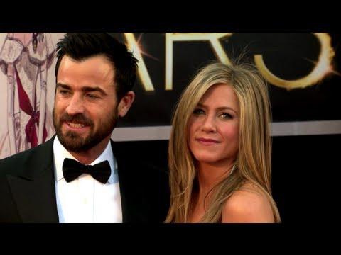 Jennifer Aniston decided to take Justin Theroux's name!