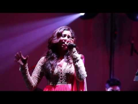September 21 2013 -  Shreya Ghoshal Liv: sg_01773