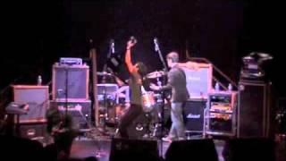 Watch Loudermilk Juin video