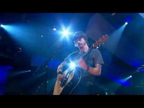Foo Fighters - Razor (live on Jools Holland)  [2005]