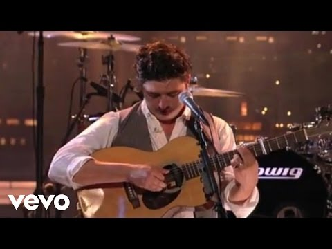 Mumford & Sons - Ghosts That We Knew (Live On Letterman)
