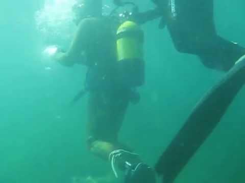 Bondage under water - YouTube