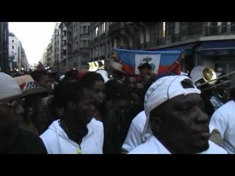 Rasin Ginen - Rara - Carnaval Haitien a Paris 2011