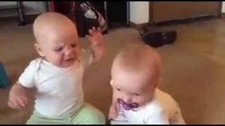 lucu,video anak kecil rebutan dot