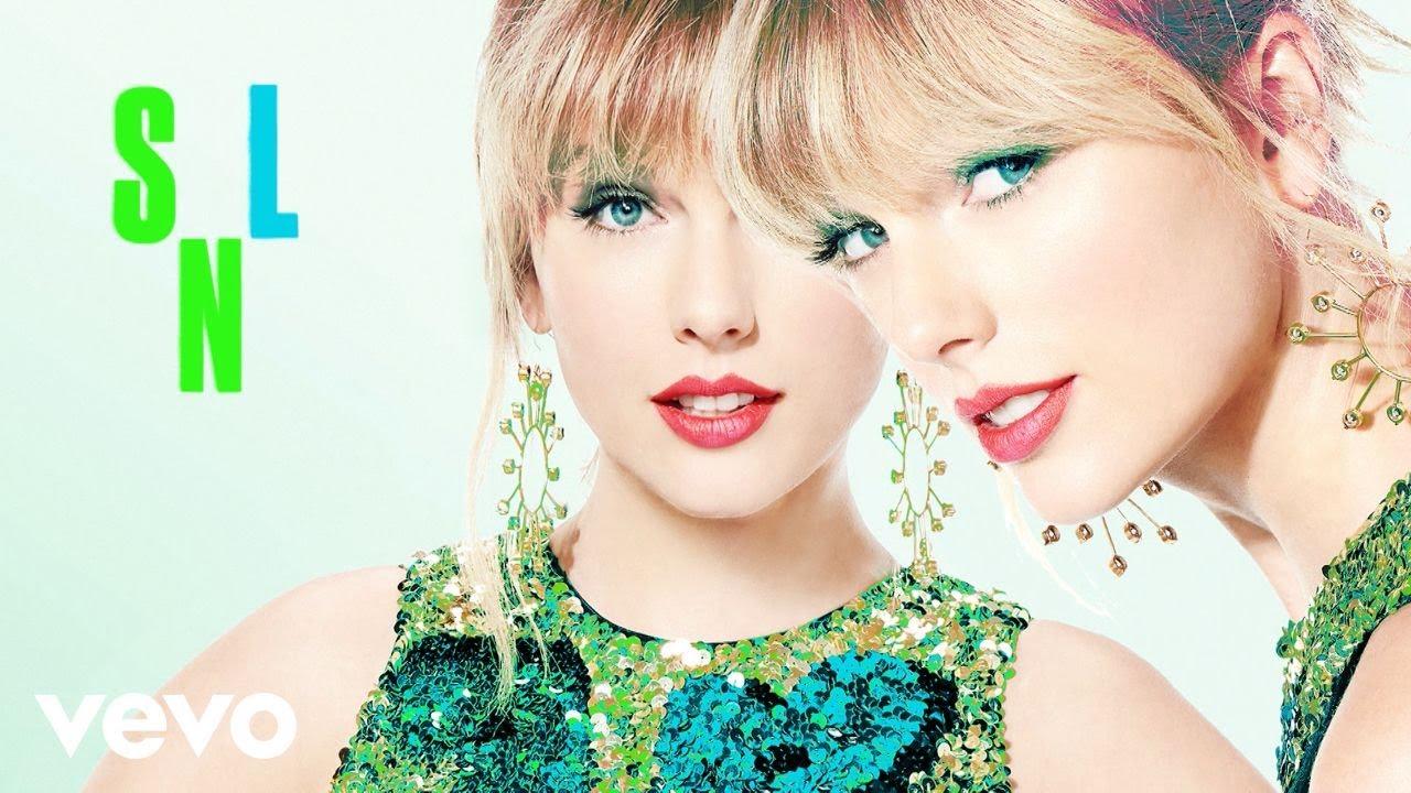 """Taylor Swift - 米NBC「Saturday Night Live」にてピアノ弾き語りによる""""Lover""""など2曲を披露 ライブ映像を公開 thm Music info Clip"""