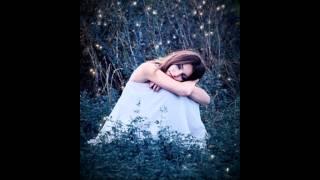 Watch Faith Hill Fireflies video