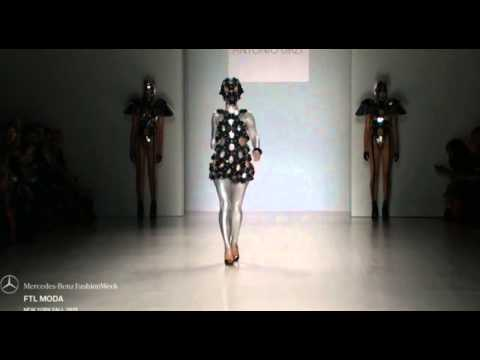 Amputee Woman RBE Shaholly Ayers Fashion Week 2015