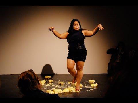 Modernās mākslas performance