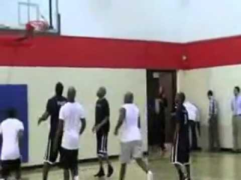 Kevin hart vs Ne-yo Compound Basketball ft Chris brown and the Plastic Cup Boyz