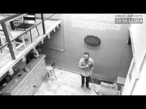 призрак на видеокамеру! стулья двигаются