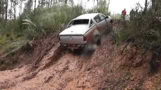 Mitsubishi L200 Pick-Up 2.5 Did rampa de barro Ruta fin de año 2014