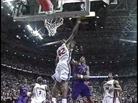 Jerry Stackhouse - Three Dunks and a Block (2002)