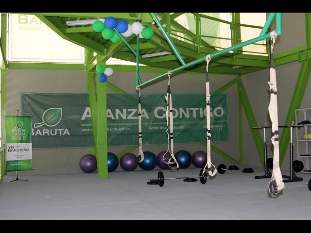 Blyde inaugura sala de pesas y TRX / Alcaldía de Baruta 2014