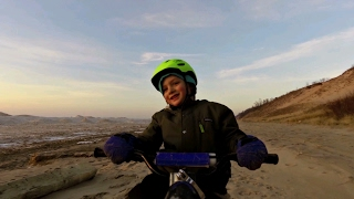 Fat Bike ride on Lake Michigan Sand Dune with a trailer bike
